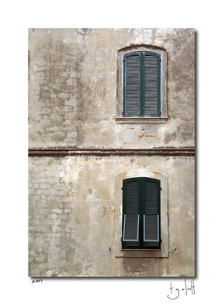 Two Windows, Alghero