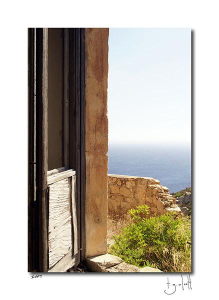 Old Fort Window, Isola Caprera