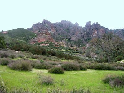 Pinnacles National Monument, California. March 2005. West Entrance