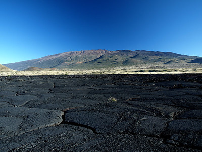 Mauna Kea Volcano & Pahoehoe Lava Feilds