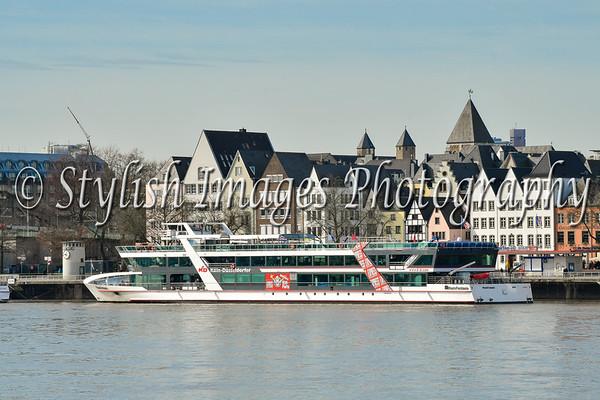 River boat on the Rhein