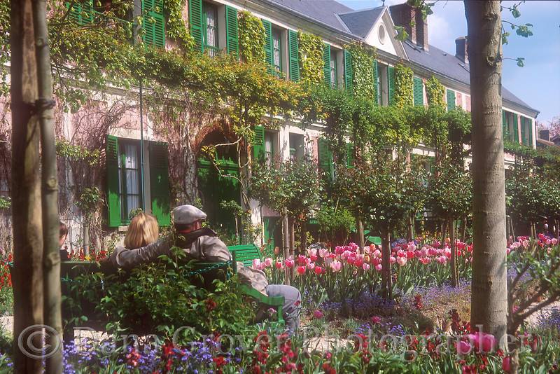 Two on a Bench, Giverny