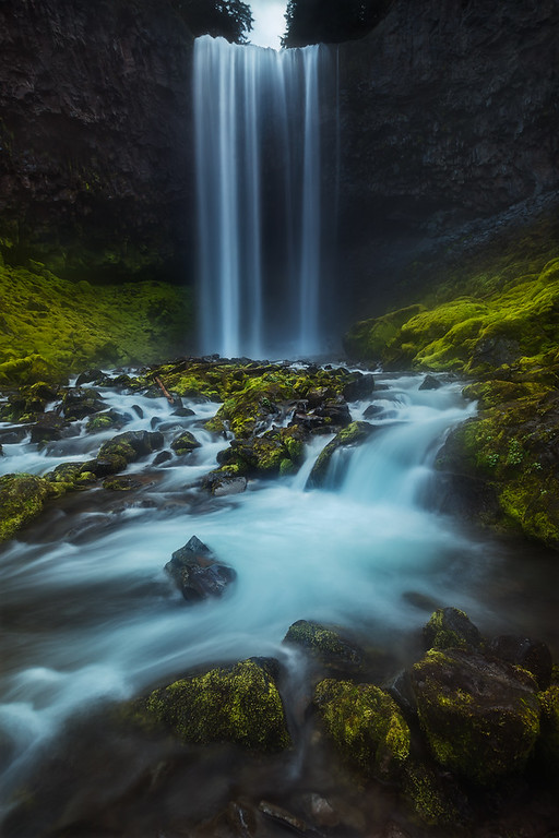 Photo of Tamanawas Falls in the Mount Hood National Forest, Oregon