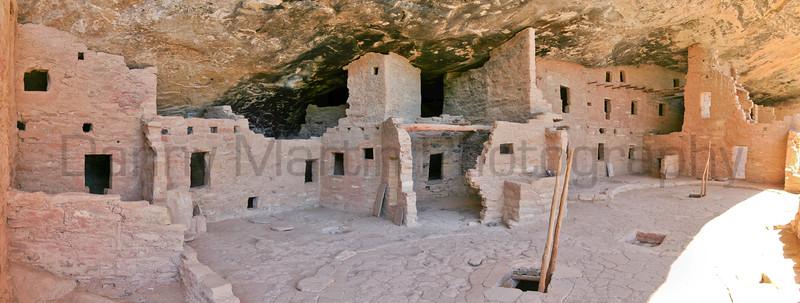 Cliff dwelling ruins, Mesa Verde, Colorado.