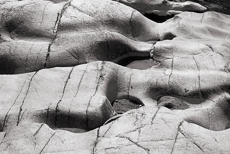 Rock formations, Millstream Gardens, MO.