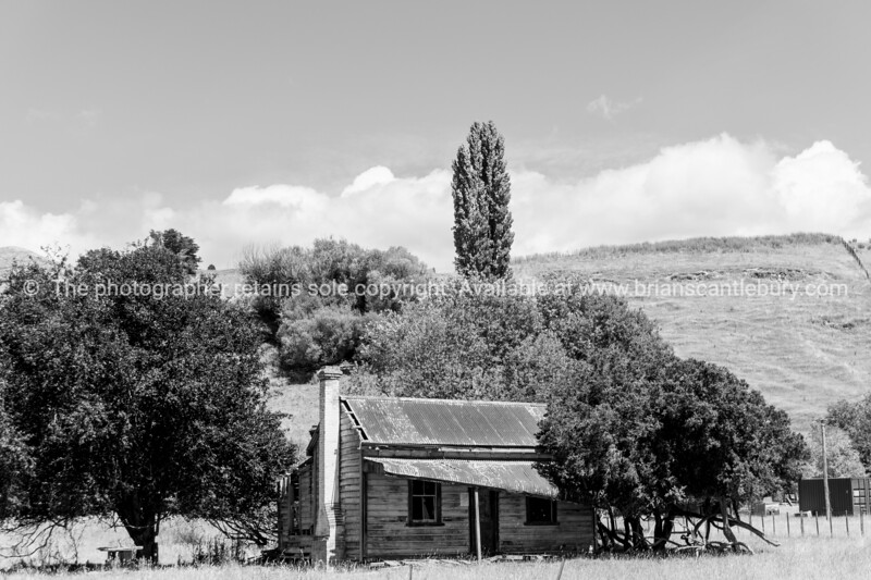 Old deserted farm house Taihape.