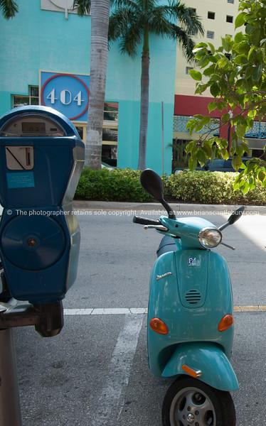 Art deco in Miami street scene.