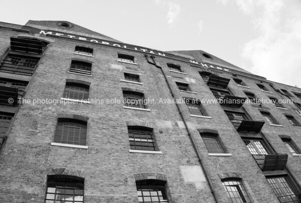 Wapping, London buildings