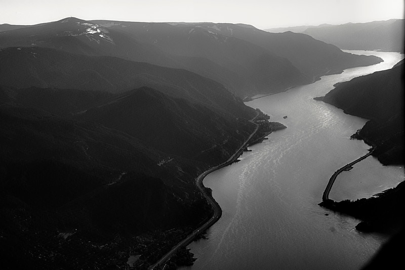 Columbia River Gorge Divides Oregon and Washington State.