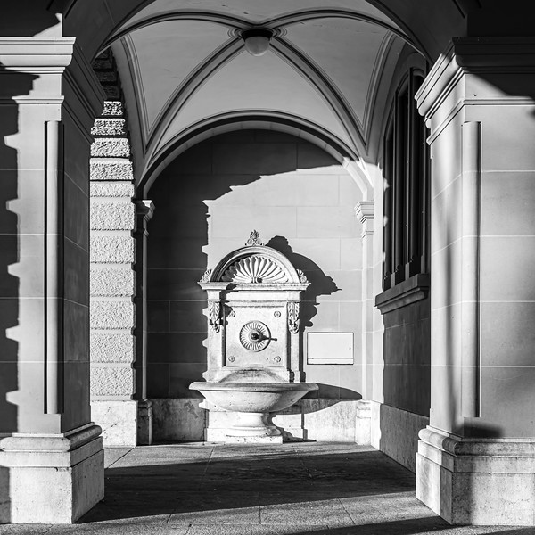 Bern - Bundeshaus Brunnen