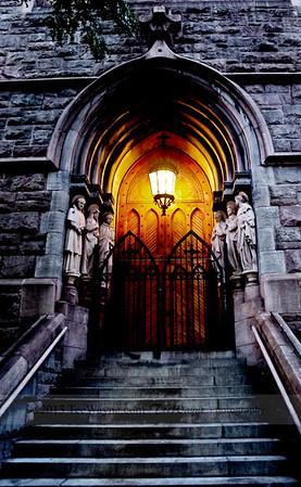 NYC-door-0001-_DSC2916-Edit_tonemappedV2