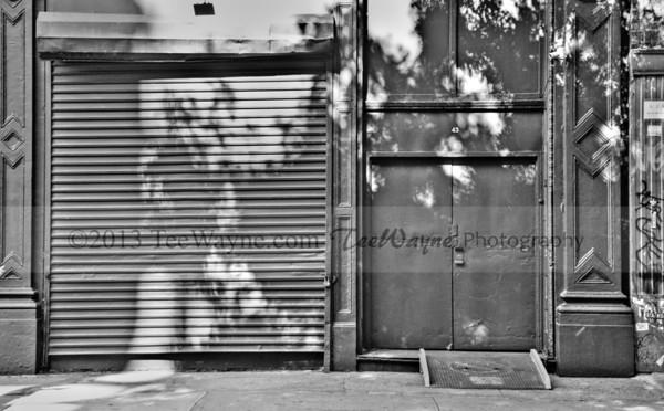 NYC-door-0014-_DSC2962_tonemappedV2