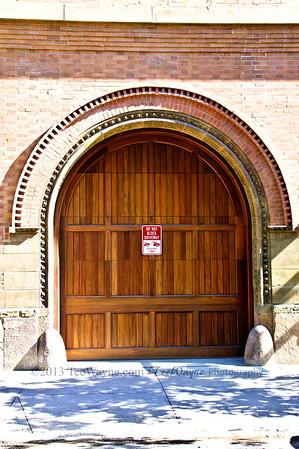 NYC-door-0007-_DSC2954_tonemappedV2