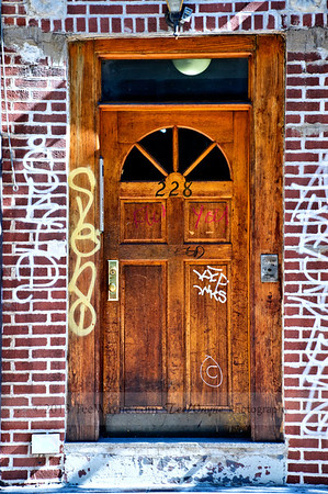 NYC-door-0008-_DSC2955_tonemappedV2