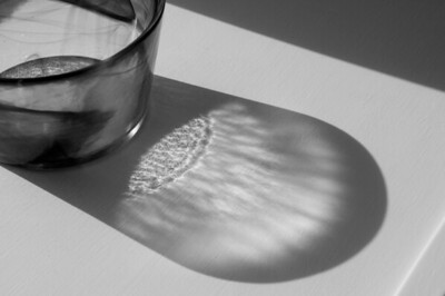 Glass bowl with shadow