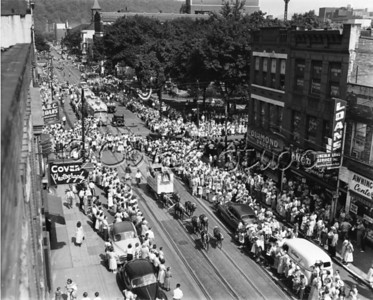 Parade on Main