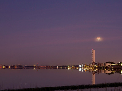 Super blue blood Moon lunar eclipse over Clear Lake in southeast Houston in January 2018
