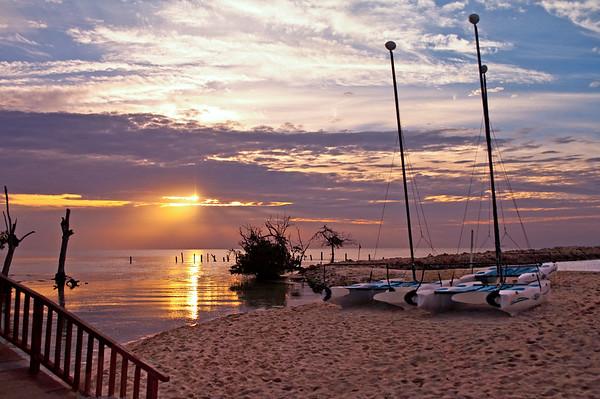 Boats on the beach at sunrise,  Playa del Carmen, MX boats, barcos, beach http://www.teewayne.com ; TeeWayne Photography Cary, NC Photographer, Cary, NC Gallery  - © TeeWayne Photography