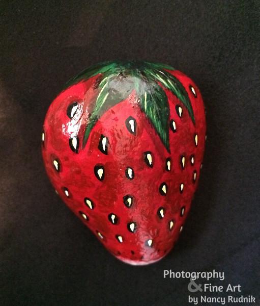 Rock_strawberry_IMG_2910