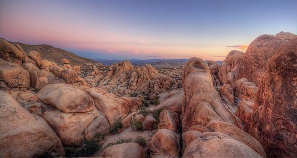 Joshua Tree Boulder Sunset