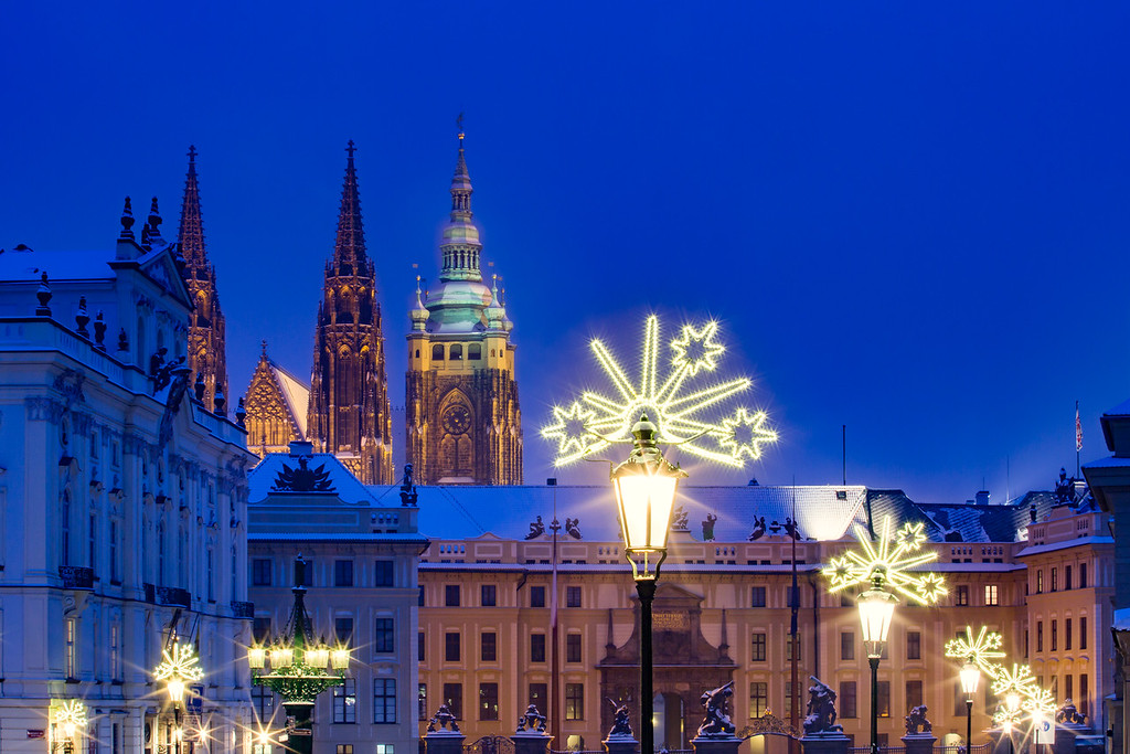 Castle Square & Christmas lights
