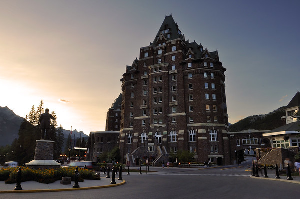 Banff Springs Hotel Banff National Park, Alberta Canada.  Copyright © 2009 All rights reserved.