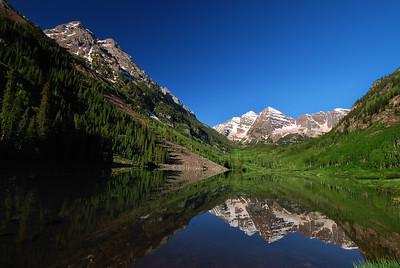 Maroon Bells Aspen, Colorado.  Copyright © 2009 All rights reserved.