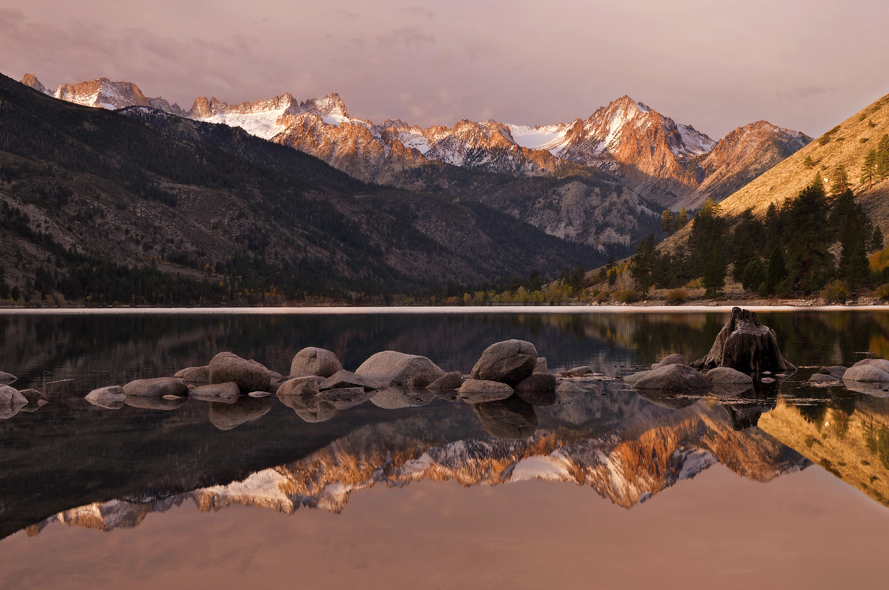 Lower Twin Lake and the Sawtooth Range, <br /> Eastern Sierra Nevada, California.<br /> Copyright © 2010<br /> All rights reserved.