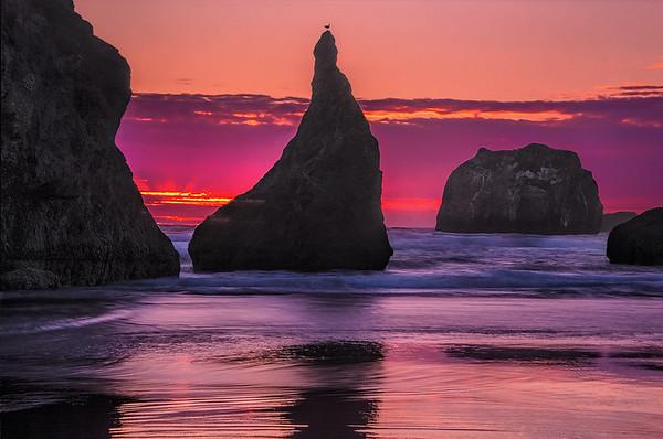 Bandon Beach Sunset At Cathedral Rock
