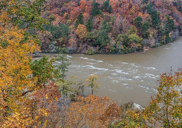 Chattahoochee River Runs Through Atlanta In Autumn