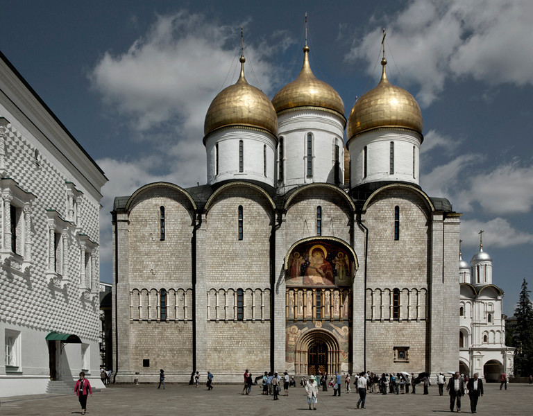 Cathedral of the Assumption, Moscow 2012 <br /> Early Muscovite<br /> <br /> Erected in 1475-1479 and flanked on the left by the Hall of Facets, Moscow's most ancient municipal building and on the right by the Church of the Twelve Apostles, the simple but austere Cathedral of the Assumption was the main temple of Moscow, the cathedral where tsars were crowned and metropolitans and patriarchs were ordained.