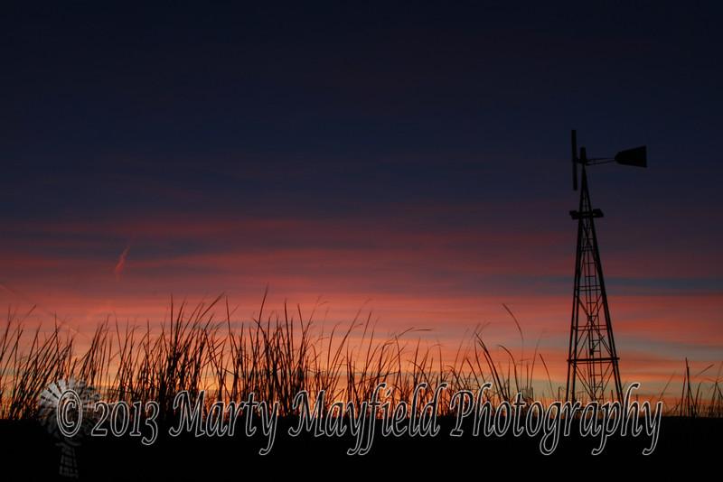 Windmill Sunset east of Raton_ 035