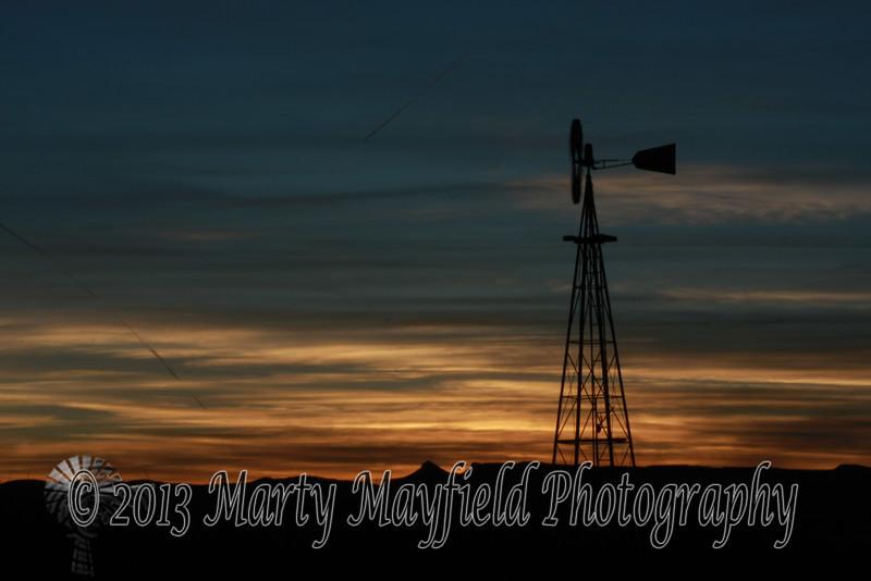 Windmill Sunset east of Raton_ 018