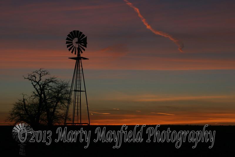 Windmill Sunset near Mosquero NM_024