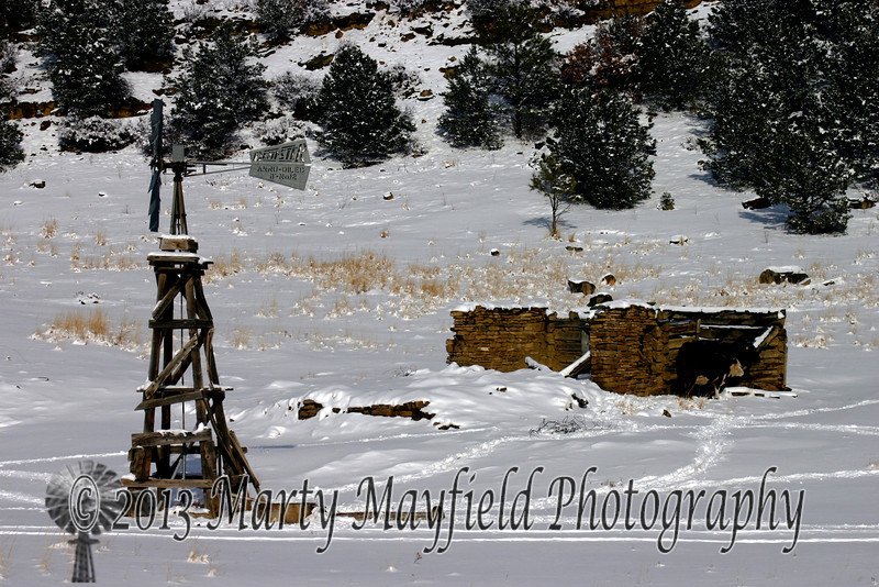 Windmill Tokar Ranch in snow 0360