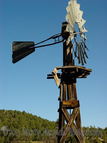 Windmill Lorencito canyon 0165