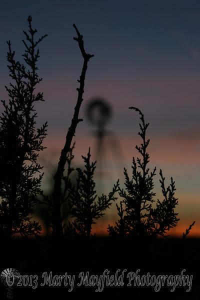 Windmill Sunset near Mosquero NM_022