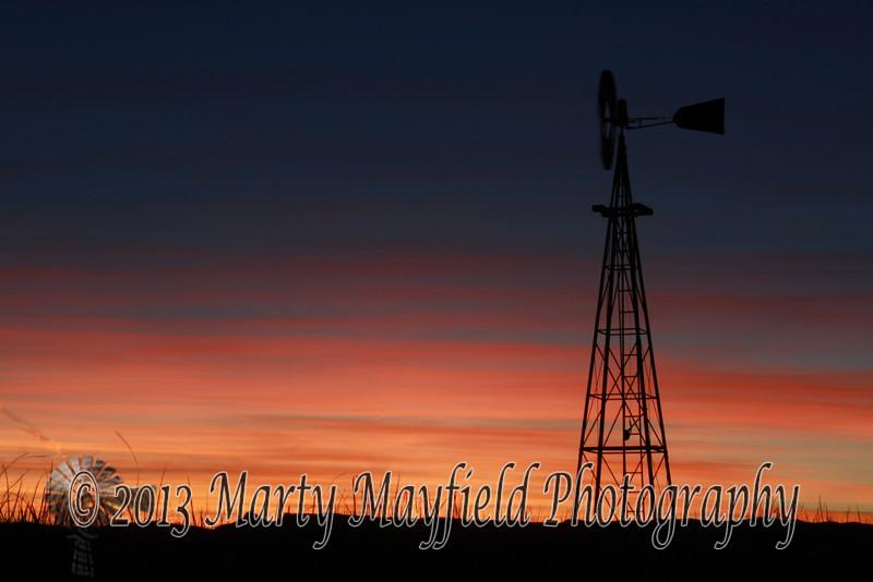 Windmill Sunset east of Raton_ 041