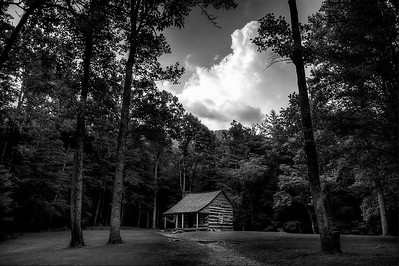 Cabin in the woods, Cades Cove, in the Great Smoky Mountains National Park