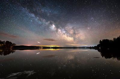 Reflector II: Iridium Flare & Milky Way Reflections