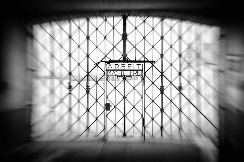 Jourhaus - KZ Eingangstor - Arbeit macht frei