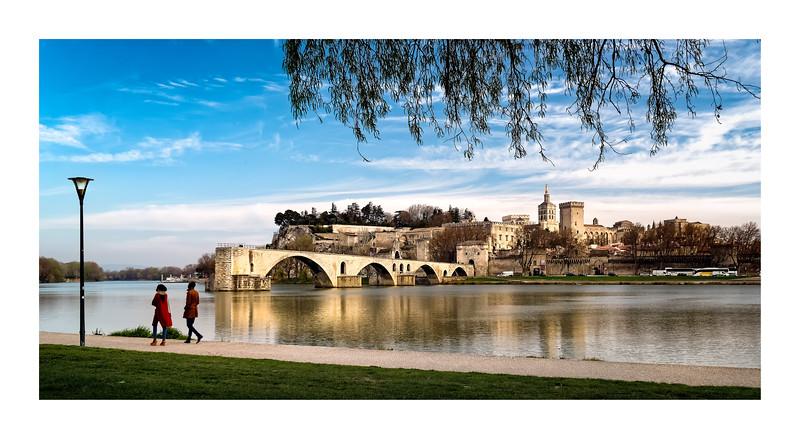 Entrer nonchalamment Pont Saint-Bénézet_Avignon et Provence