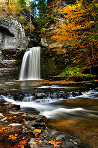 Eagle Cliff Falls in autumn.
