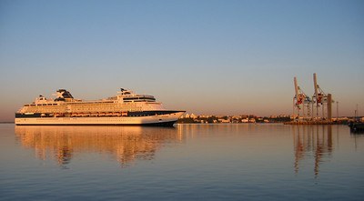 Celebrity Constellation arriving on an almost calm August morning.