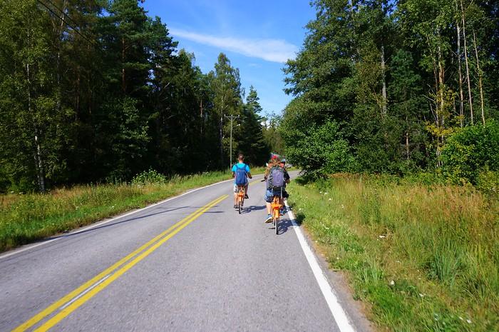 Going on a biking tour of Hanko's local farms