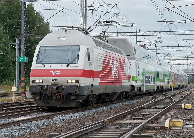Sr2 3201 arrives at Riihimaki on 10 August 2012