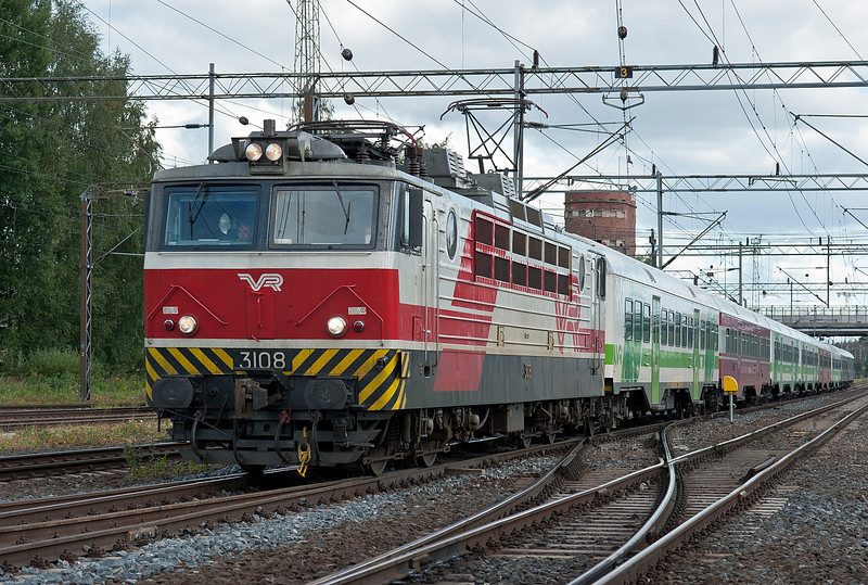 The fourth of the afternoon commuter services from Helsinki R227 arrives at Riihimaki on 9 August 2012 behind Sr1 3108