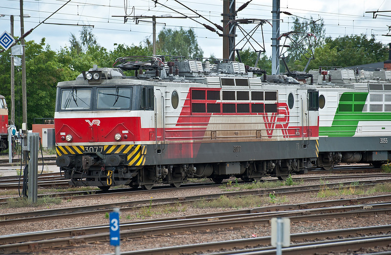 Sr1 3077 in the depot at Kouvola on 8 August 2012