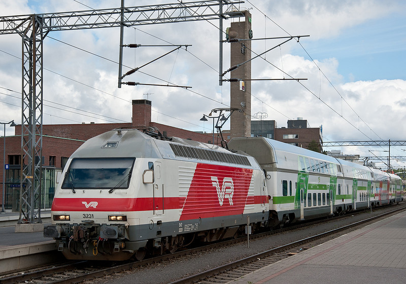 Sr2 3231 with an IC2 service to Helsinki at Tampere on 9 August 2012