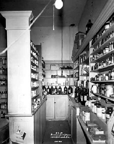 1957 - Drug Store at 1600 Glenwood Avenue